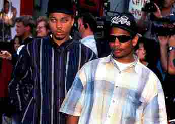 How Did Eazy-E Die? cause of death NWA rapper real name Eric Wright AIDS HIV age 30 Straight Outta Compton movie film 2021