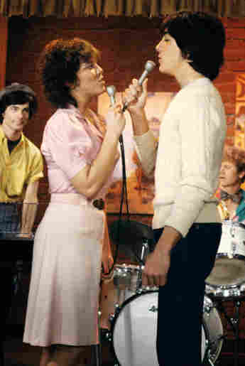 What Happened To The Cast Of 'Joanie Loves Chachi'?
