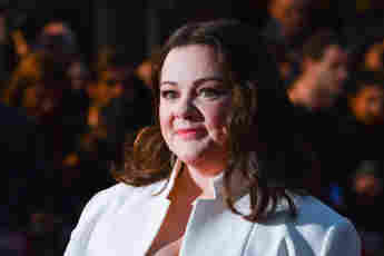 How Melissa McCarthy Lost Weight Mike Molly actress today 2021