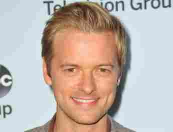 "NCIS Episode 400: Young ""Ducky"" Actor Adam Campbell"