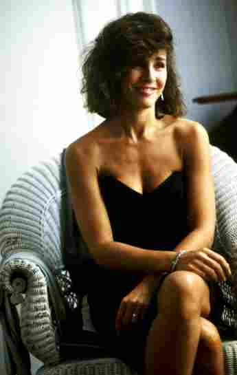 """Anner Archer starred as """"Beth Gallagher"""" in Fatal Attraction."""
