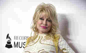"""Dolly Parton Changes Up Her Hit Song """"9 To 5"""" For Super Bowl Ad"""
