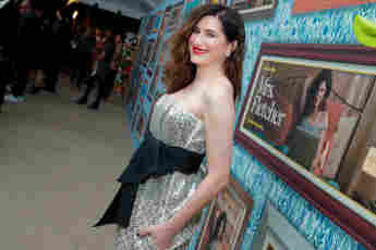 Kathryn Hahn: Movies, Partner, Instagram - Facts About The 'Wanda Vision' Star