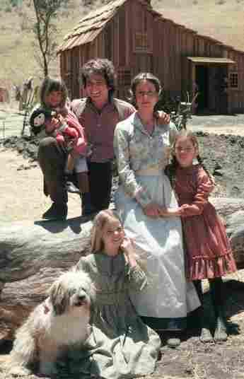 El elenco de 'La familia Ingalls' en 1974