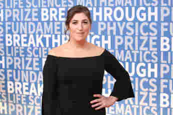 Mayim Bialik Set To Return As Temporary Guest Host Of 'Jeopardy!'