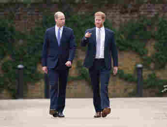 Prince Harry Returns To California To Support Meghan Through Mourning