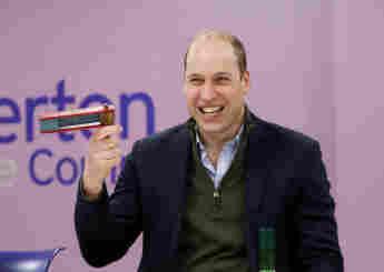 Príncipe William en Everton para la comunidad.