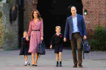 Princess Charlotte, Duchess Kate, Prince George, Prince William look like Princess Diana Spencer family relatives children kids Louis