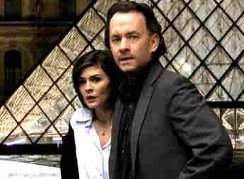 Audrey Tautou y Tom Hanks en una imagen promocional de la película 'El código Da Vinci'