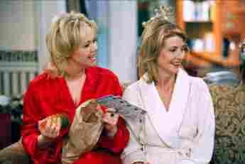 "Caroline Rhea and Beth Broderick starred in ""Sabrina the Teenage Witch"""
