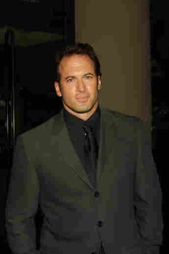 """Scott Patterson starred as """"Luke Danes"""" in Gilmore Girls. What is the actor doing now?"""