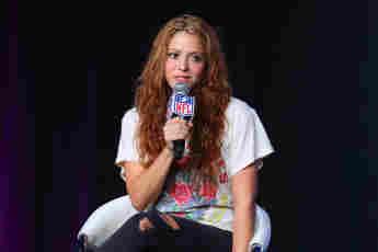 Shakira High IQ