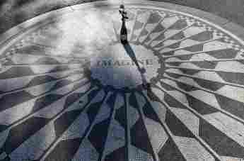 "The Meaning Behind John Lennon's ""Imagine"""