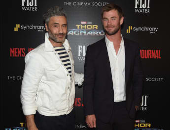 Taika Waititi y Chris Hemsworth