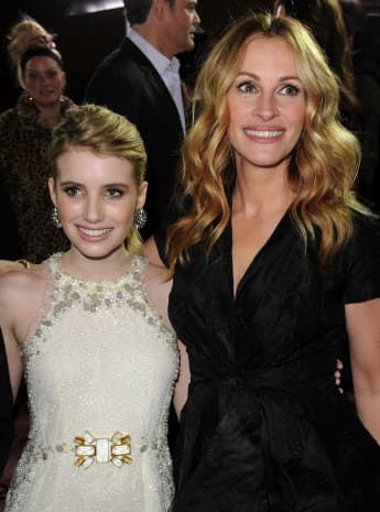 """Emma Roberts (L) and Julia Roberts arrive at the premiere of New Line Cinema's """"Valentine's Day"""" held at Grauman's Chinese Theatre on February 8, 2010 in Los Angeles, California"""