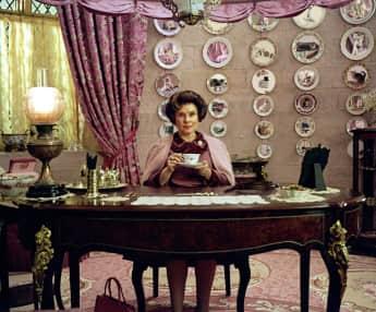 "Imelda Staunton como ""Dolores Umbridge"" en ""Harry Potter"""