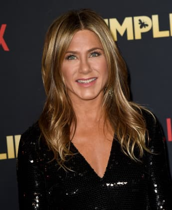 Jennifer Aniston Adopts Rescue Puppy Lord Chesterfield pet dogs 2020 video Instagram