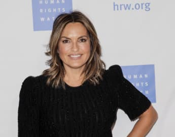 Mariska Hargitay Thanksgiving Pictures With Husband Family Peter Hermann