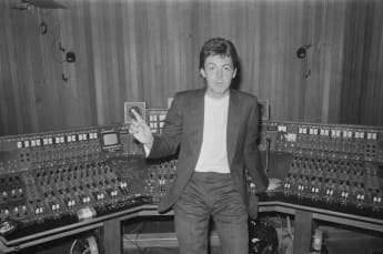 "Paul McCartney's ""Wonderful Christmastime"" - The Song Meaning story behind recording 1979"