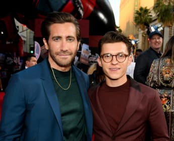 Tom Holland, Jake Gyllenhaal & Ryan Reynolds Try Viral Social Media Handstand T-Shirt Challenge - See The Results