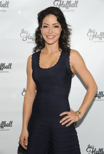 'Two and a Half Men': ¿Qué ha hecho Emmanuelle Vaugier (Mia) recientemente?