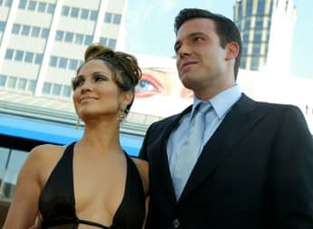 Ben Affleck Seen On Dinner Date With Jennifer Lopez And Family