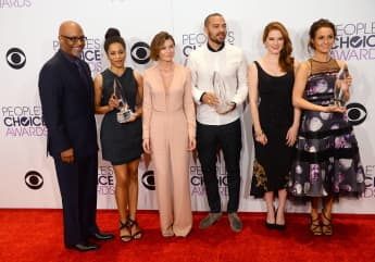 "Grey's Anatomy: Kelly McCreary Talks ""Meredith"" Battling COVID-19"