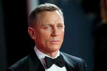 'James Bond' Star Daniel Craig Is Married To This Gorgeous Actress