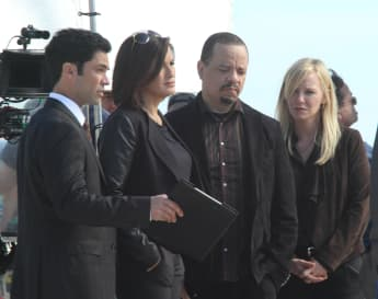 Danny Pino, Mariska Hargitay, Ice-T and Kelli Giddish on set for 'Law & Order: SVU'