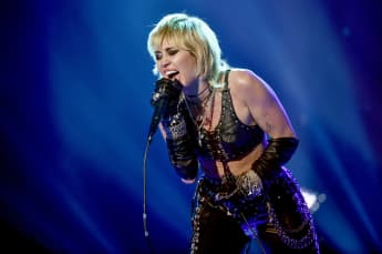 Miley Cyrus Covers Queen Songs In Concert For Frontline Workers