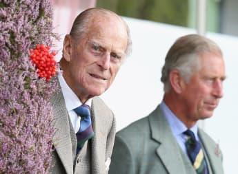 El príncipe Felipe y el príncipe Carlos