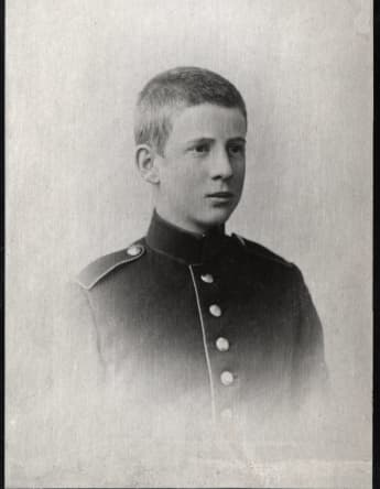 Prince Harry Looks Like Great-Grandfather Prince Andrew