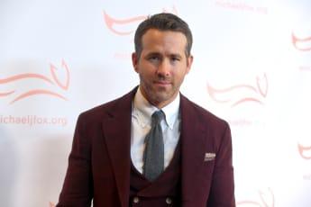 Ryan Reynolds Helps Alex Trebek Give A 'Jeopardy!' Clue
