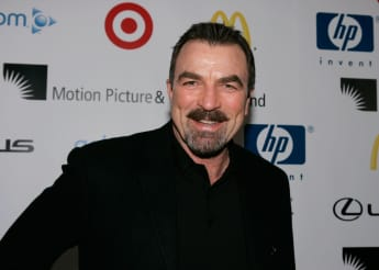 Tom Selleck Gives Generous Tip As Part Of Viral Challenge