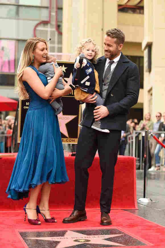 Blake Lively y Ryan Reynolds e hijos