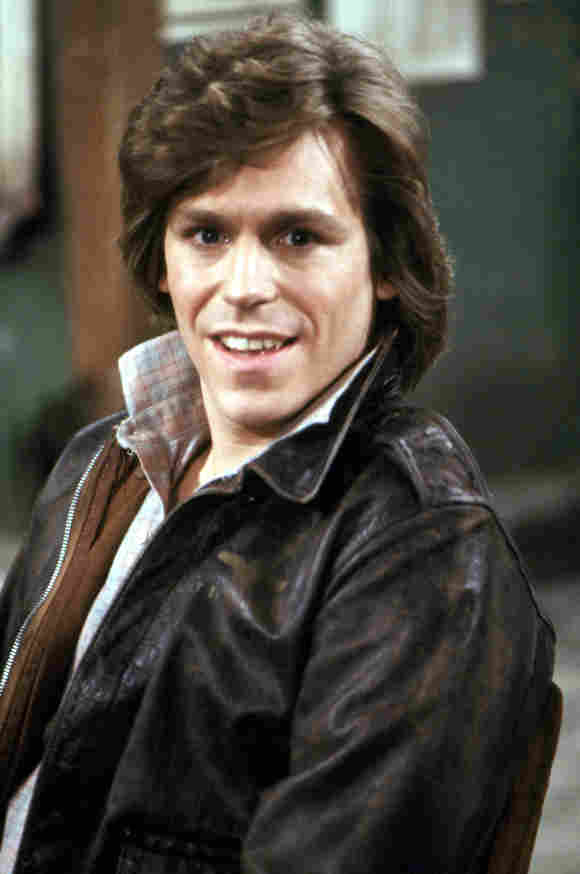 """Cast of Taxi TV Show: """"Bobby Wheeler"""" actor Jeff Conaway today then now 2021 stars"""