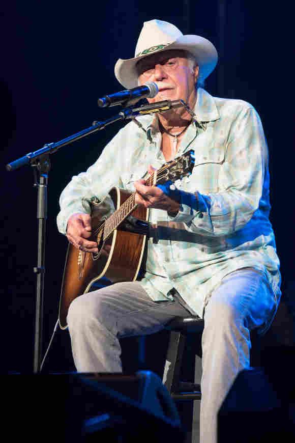 "Jerry Jeff Walker, ""Mr. Bojangles"" Country Singer, Dies Age 78"