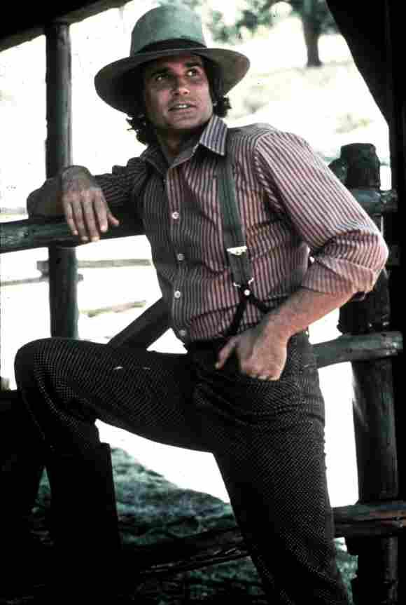 "Michael Landon como ""Charles Ingalls"" en La familia Ingalls"