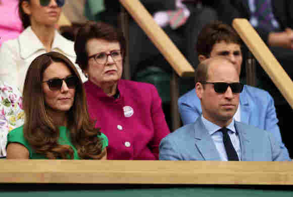 William And Kate Dissed By Priyanka Chopra At Wimbledon 2021? Meghan Harry friend applause clapping video pictures photos royal family news
