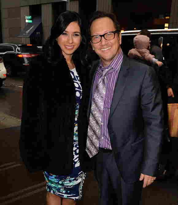 Rob Schneider y Patricia Maya