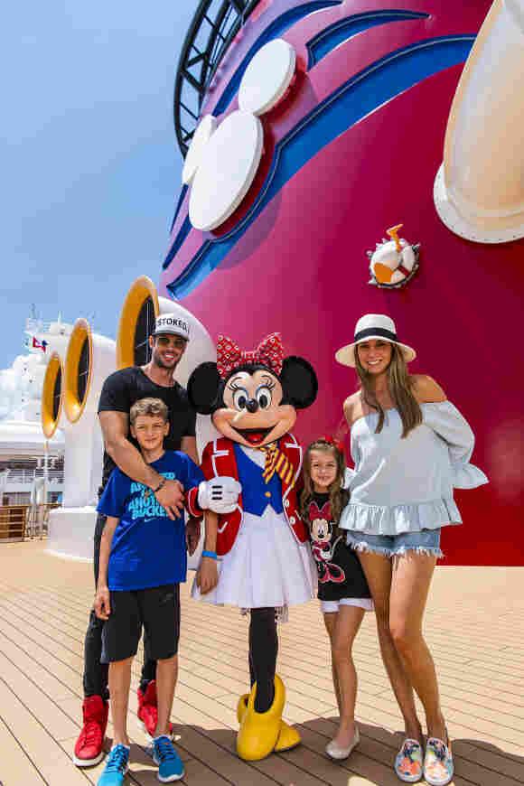 William Levy, Elizabeth Gutiérrez y sus hijos Christopher y Kailey