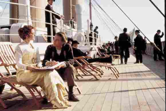Kate Winslet y Leonardo DiCaprio en 'Titanic'.