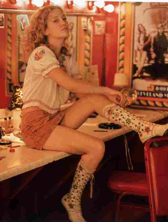 "Kate Hudson como ""Penny Lane"" en 'Almost Famous' (2000)."