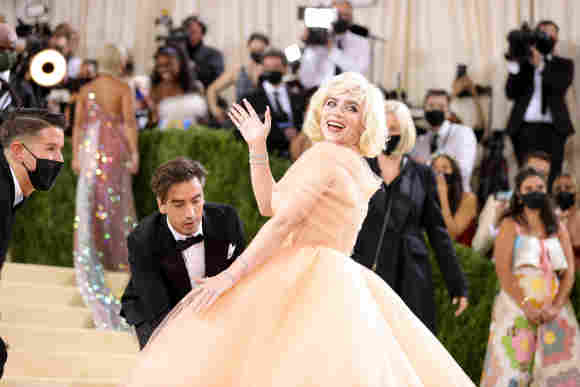 Billie Eilish attends The 2021 Met Gala Celebrating In America: A Lexicon Of Fashion, September 13, 2021.