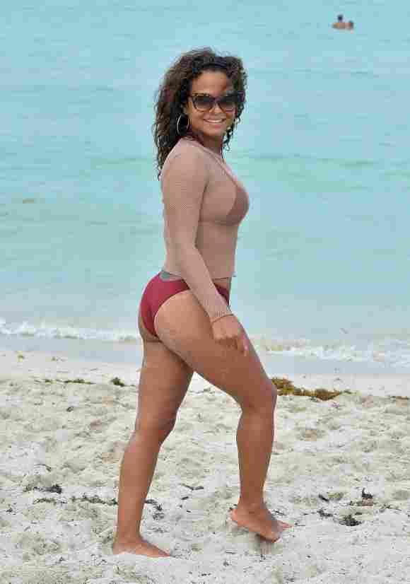 Christina Milian looks amazing on the beach!