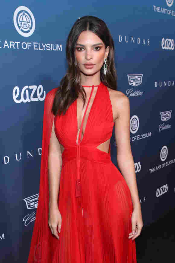 Emily Ratajkowski attends Michael Muller's HEAVEN, presented by The Art of Elysium, on January 5, 2019 in Los Angeles, California