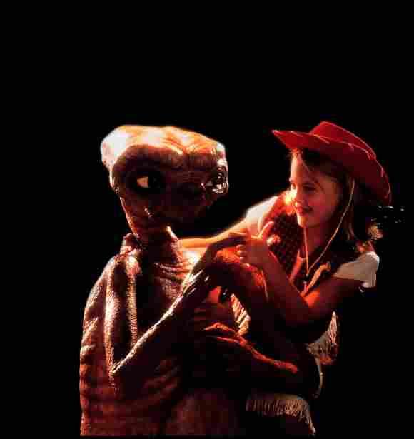 Una joven Drew Barrymore en la película de 1982, 'E.T. el extraterrestre'.
