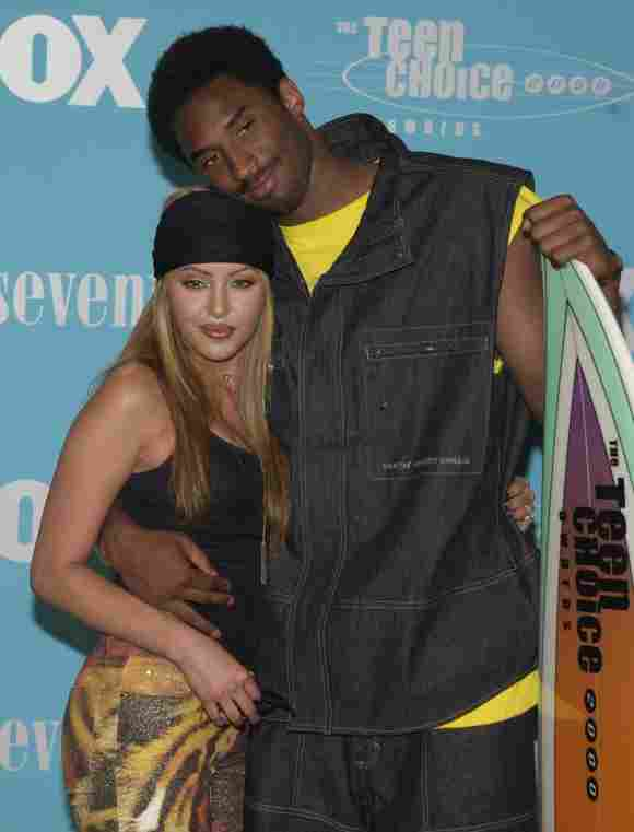 Kobe Bryant y su prometida Vanessa Laine