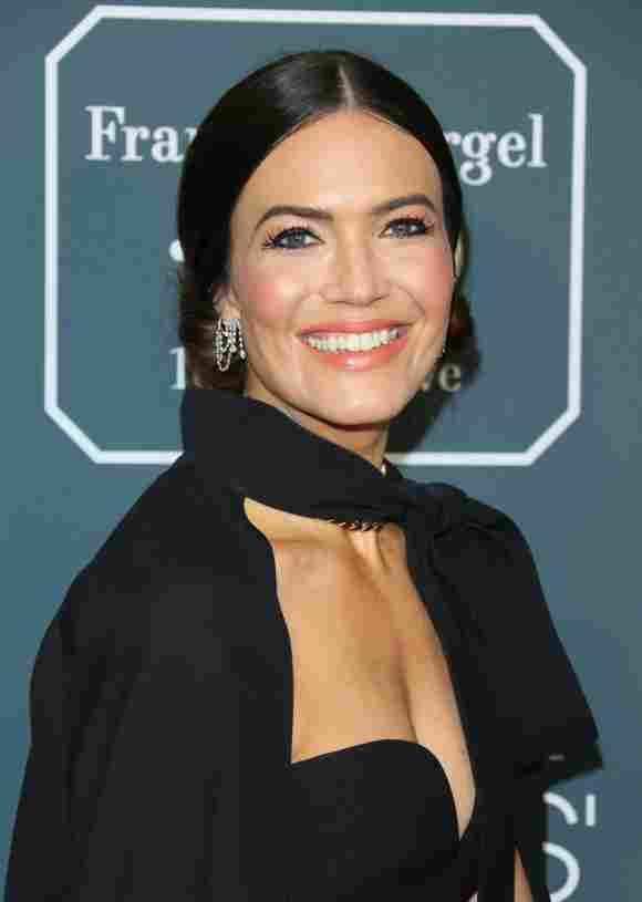 Mandy Moore arrives for the 25th Annual Critics' Choice Awards on January 12, 2020 in Santa Monica, California