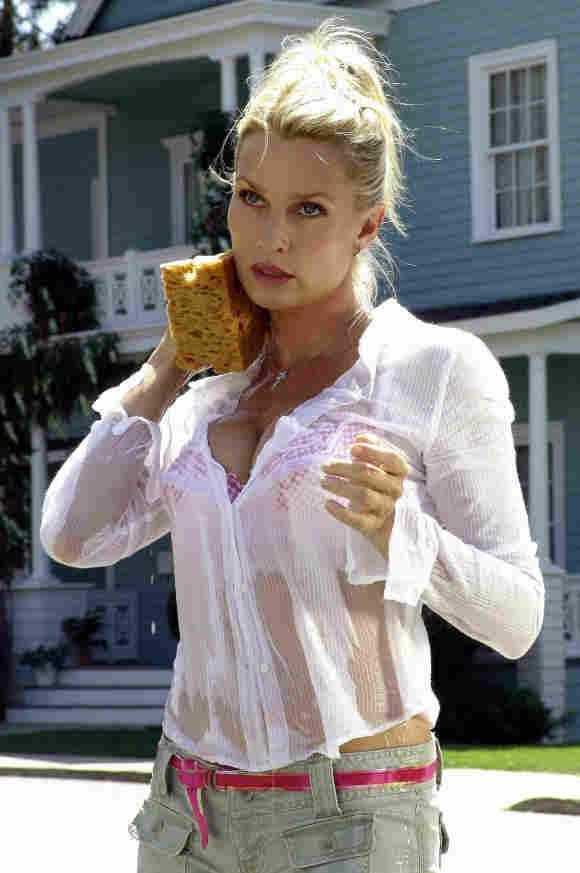 """Nicolette Sheridan como """"Edie Britt"""" en 'Despearate Housewives'."""